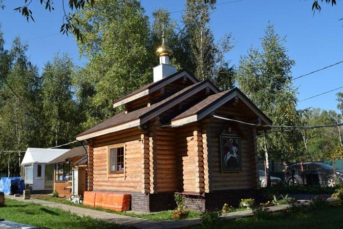 церковь в Ухтомке